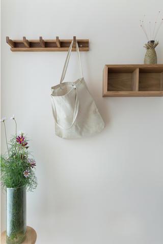 日式三居装修墙面挂件