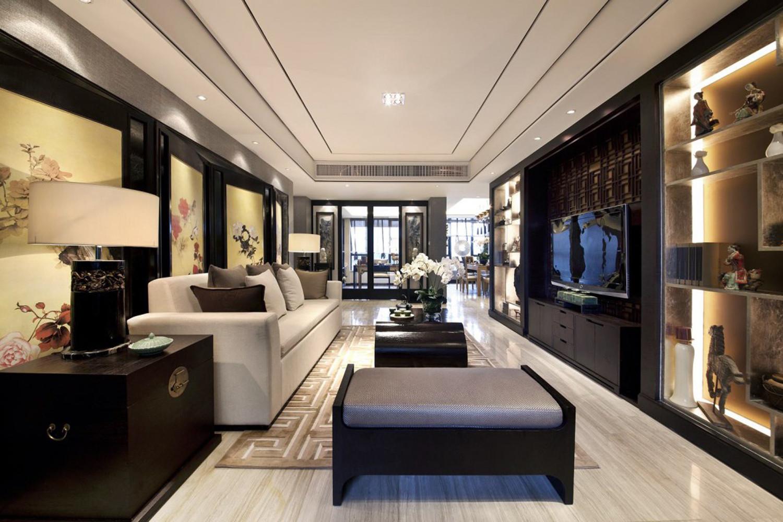 中式三居装修客厅布局图