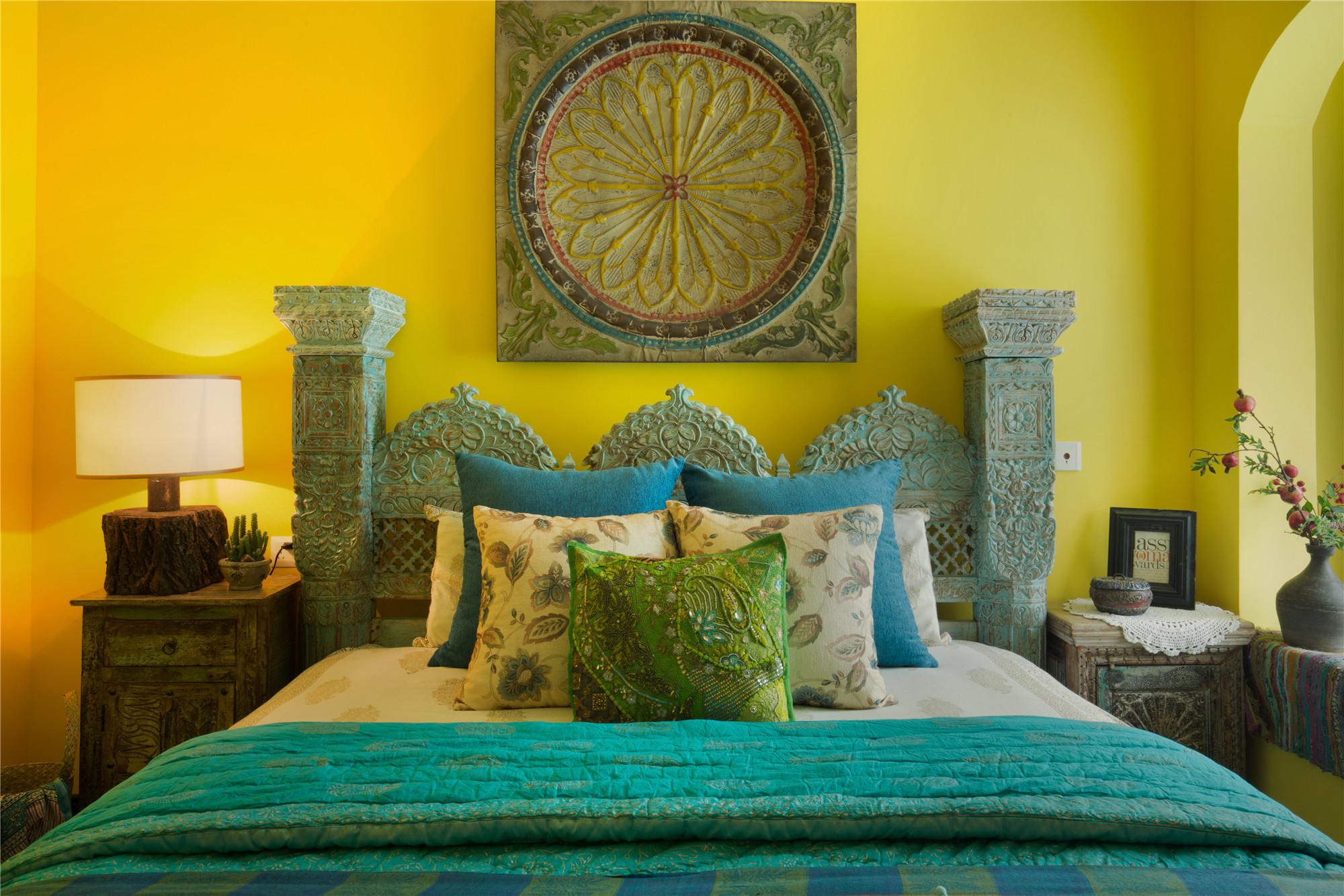 东南亚风格二居卧室设计图