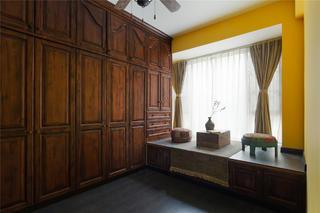 东南亚风格二居衣柜图片