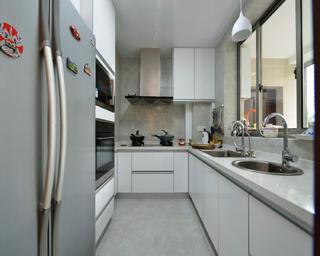 130平中式风格装修厨房构造图