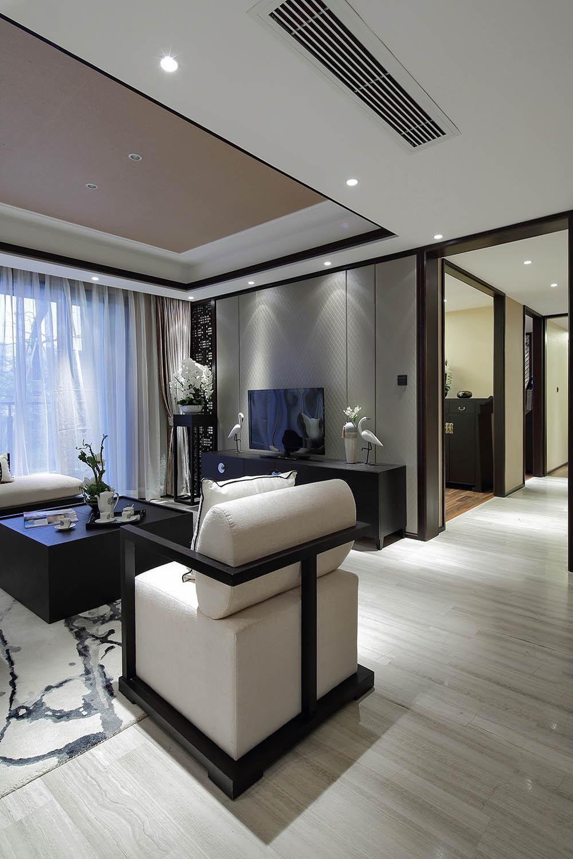 中式三居装修电视背景墙图片
