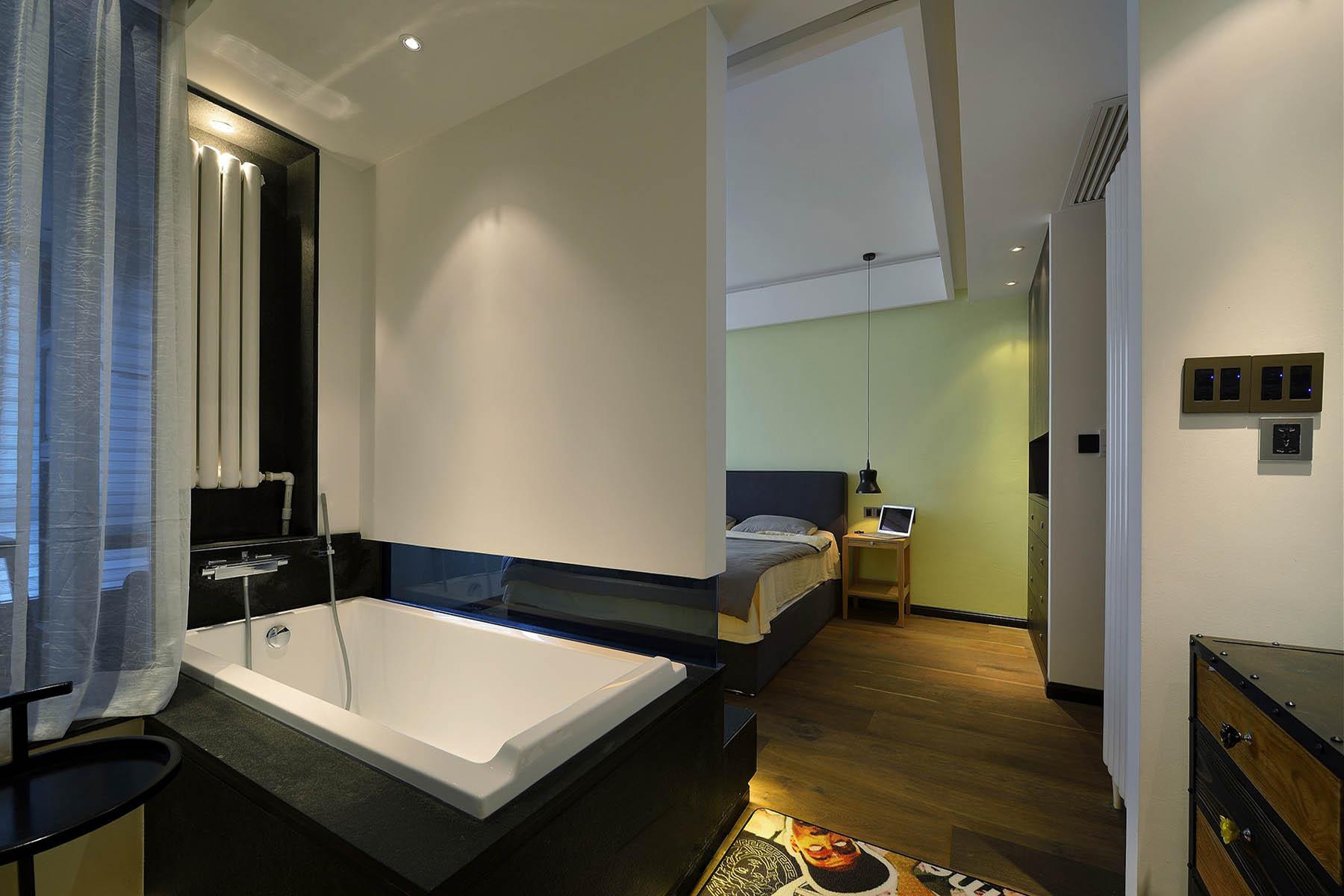 120平三居装修浴缸图片