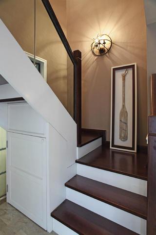 美式风格别墅装修楼梯图片