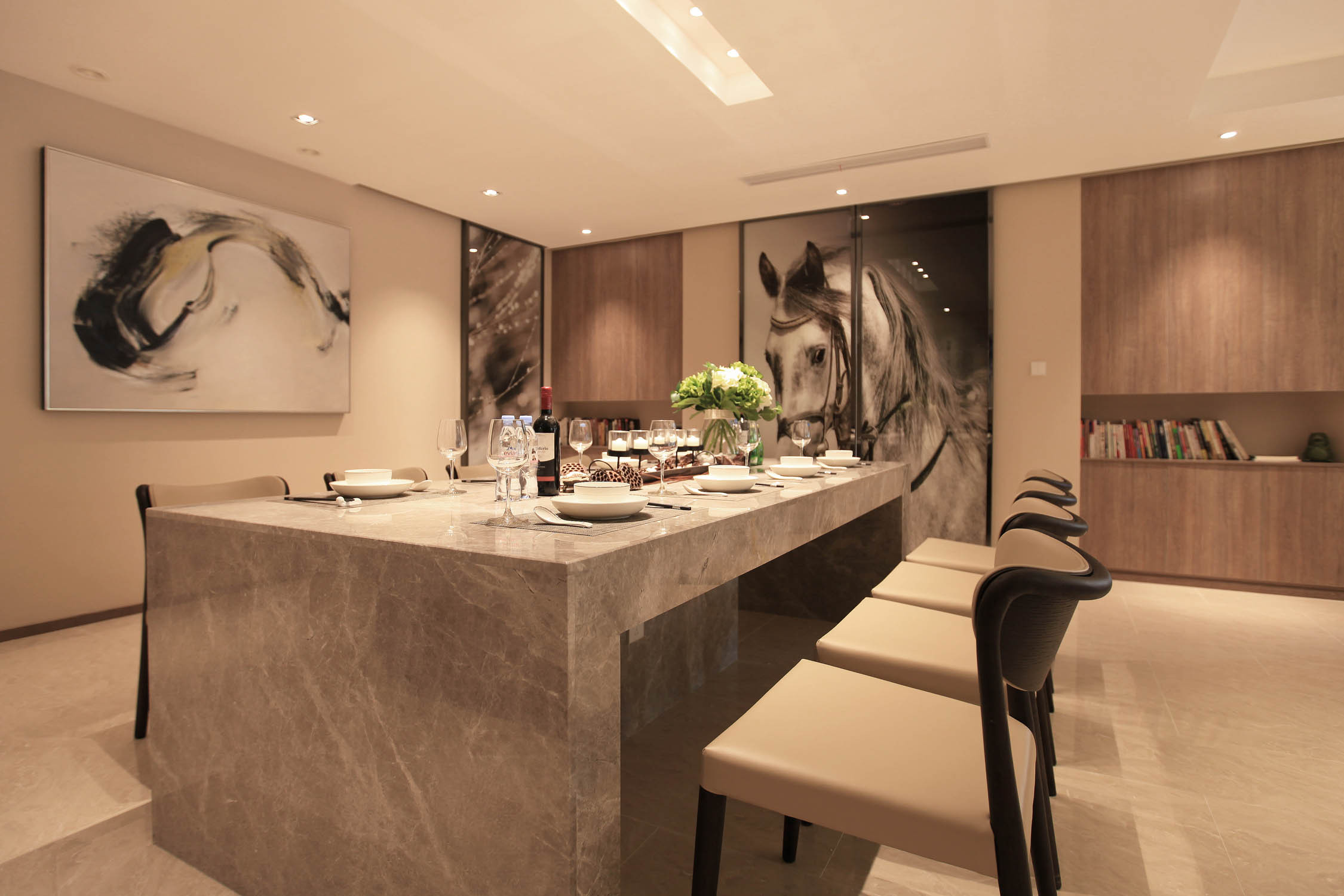 大户型现代风装修餐厅效果图