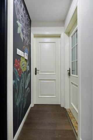 130平美式装修卧室过道