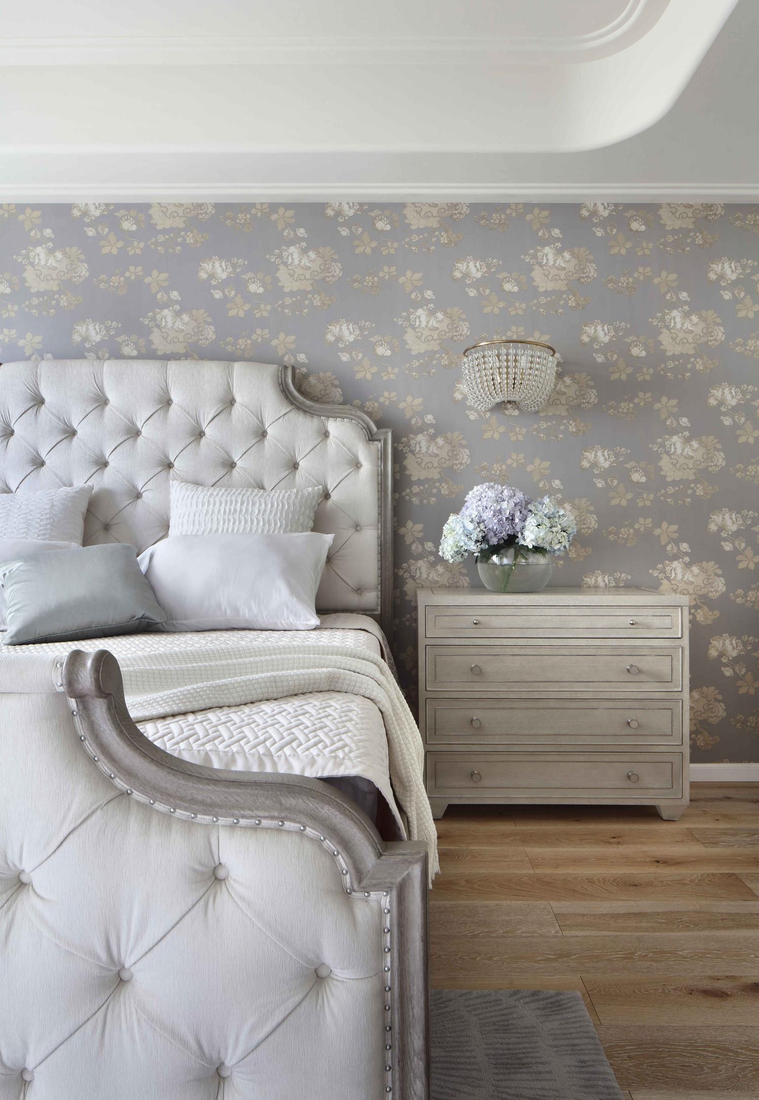 大户型美式风装修床头柜图片
