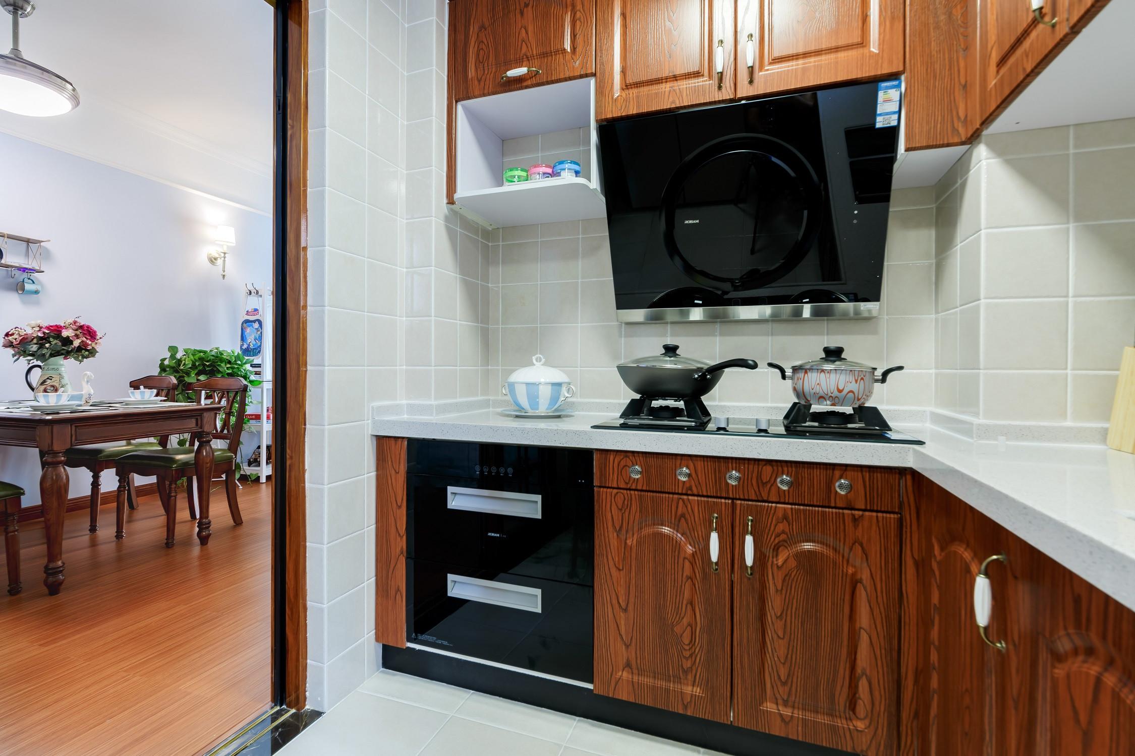 美式二居装修橱柜图片