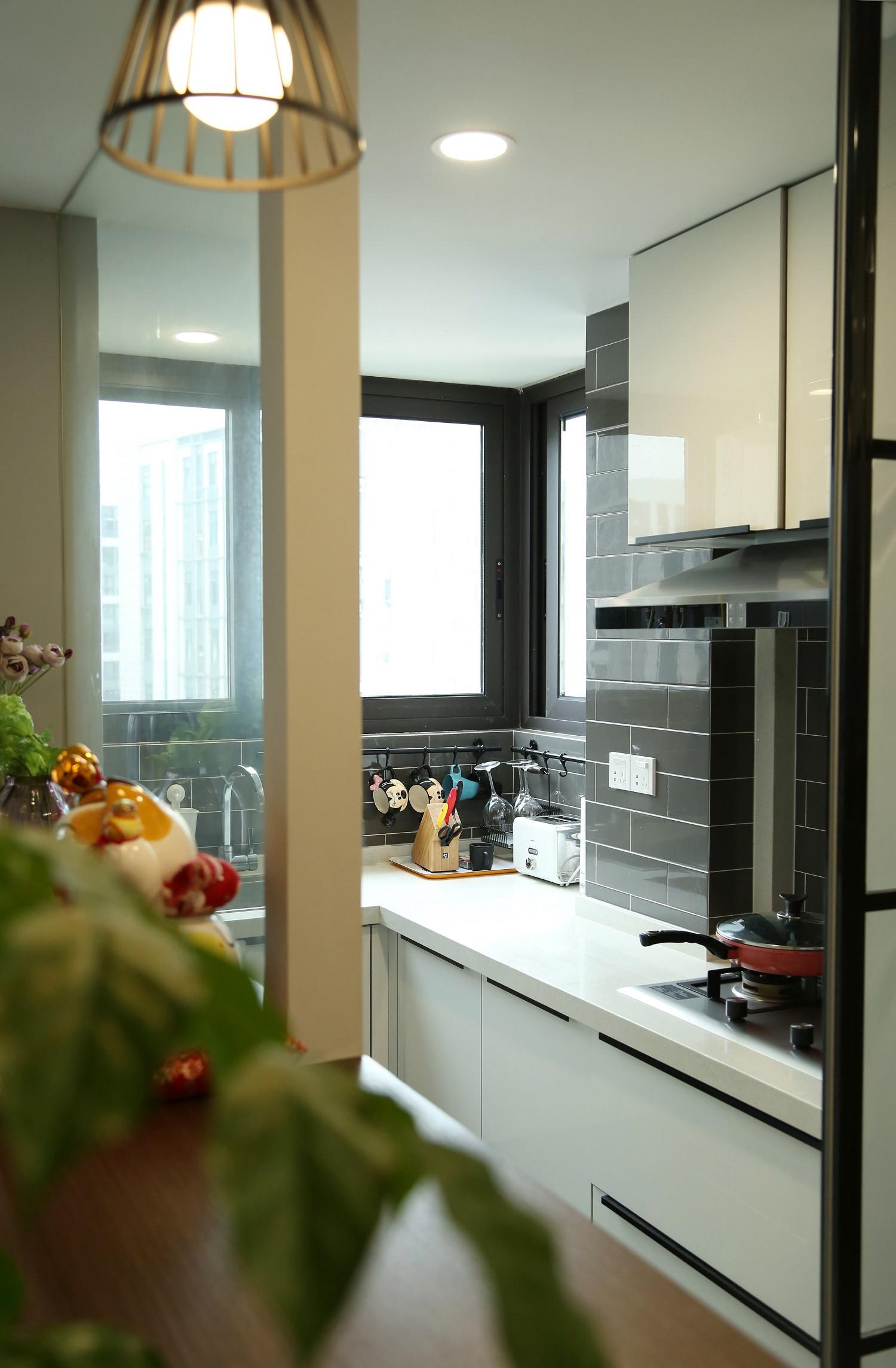 78平简约风格公寓装修厨房布置图