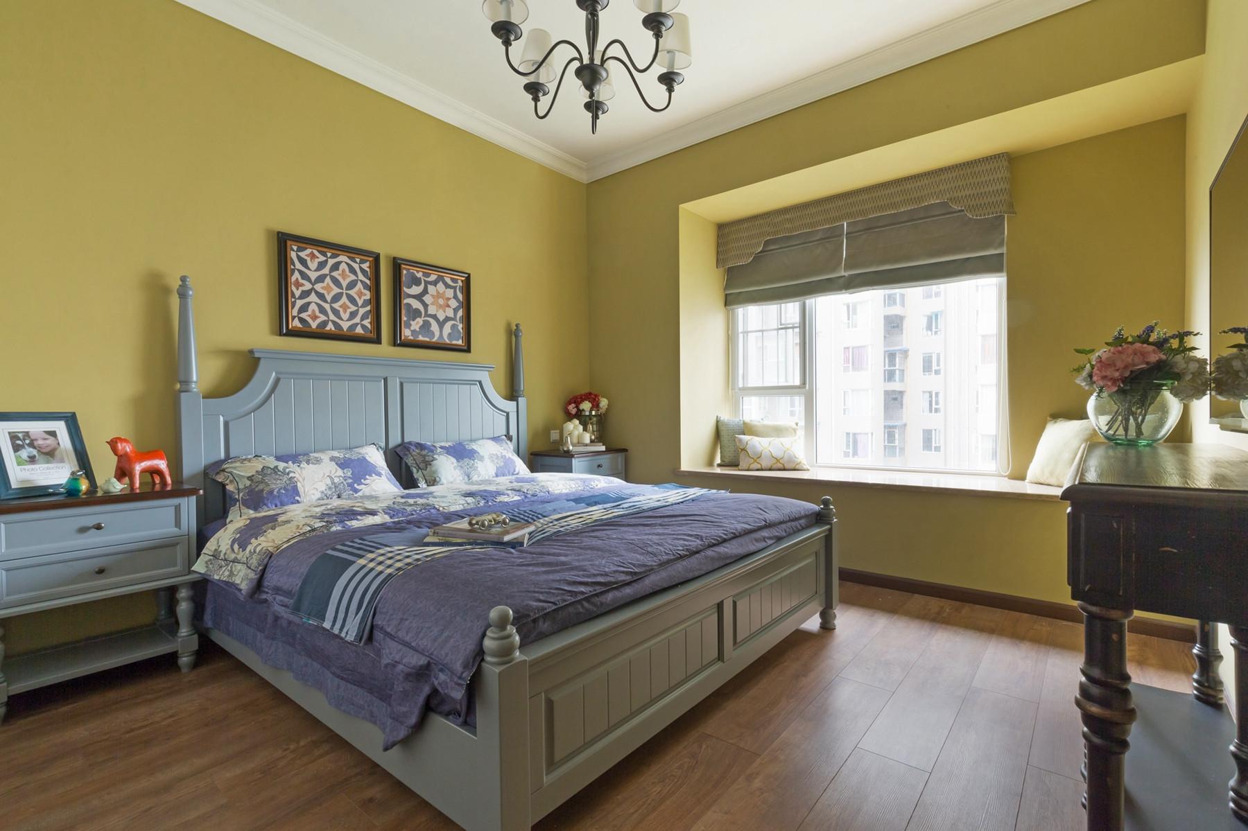 三居室美式装修主卧设计