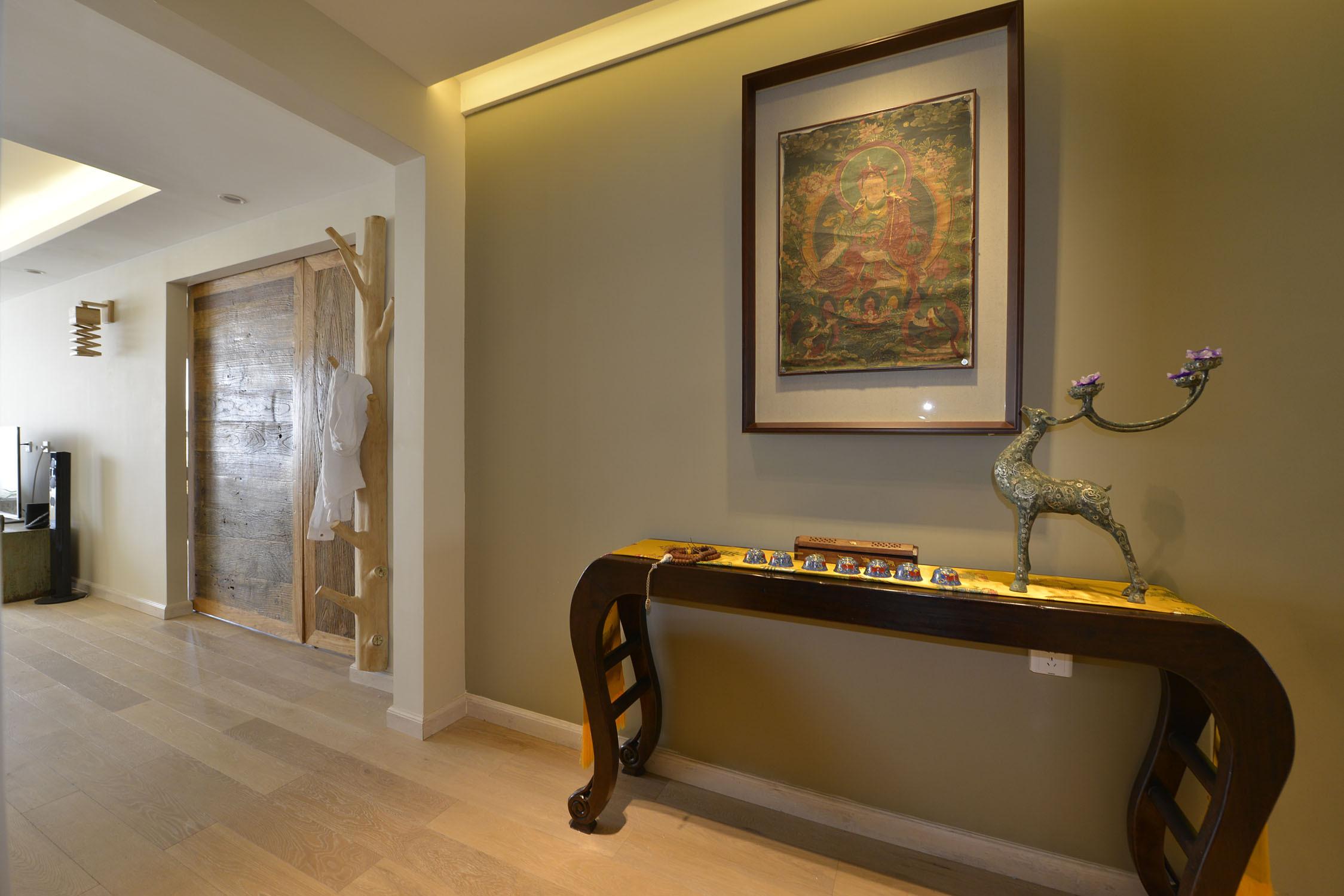 三居室中式风格家玄关设计