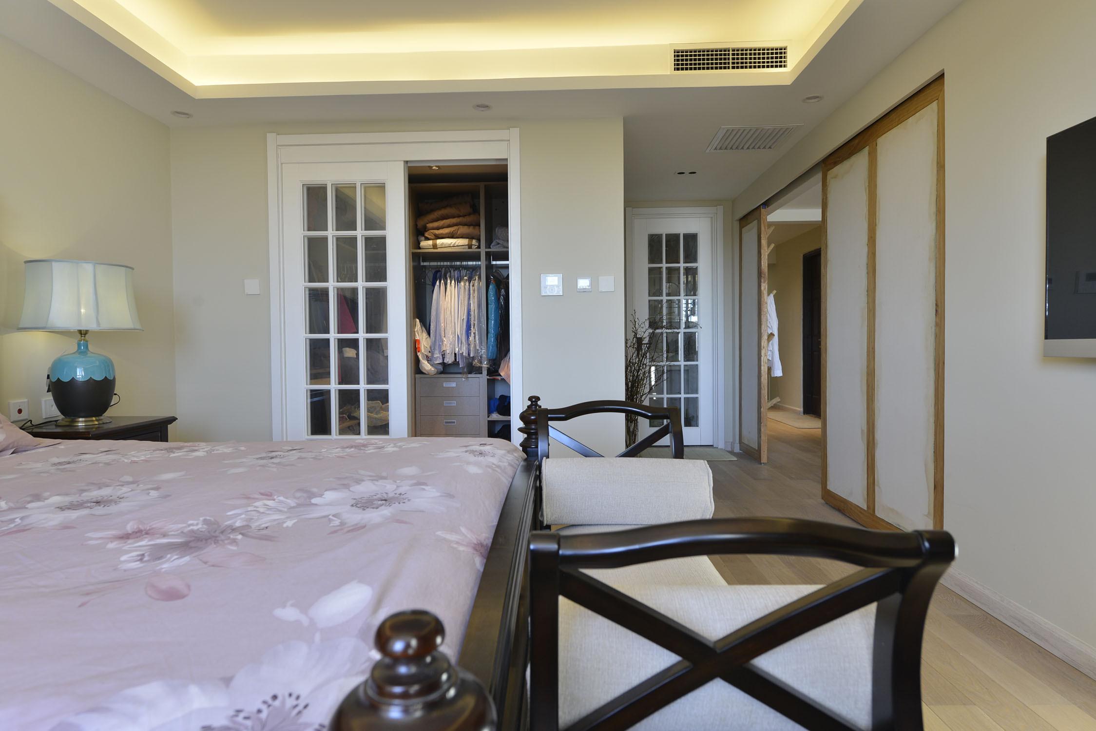 三居室中式风格家衣柜图片