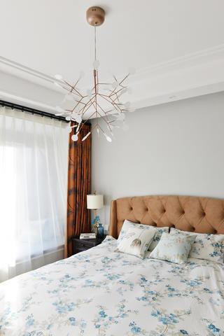 混搭三居之家卧室背景墙图片