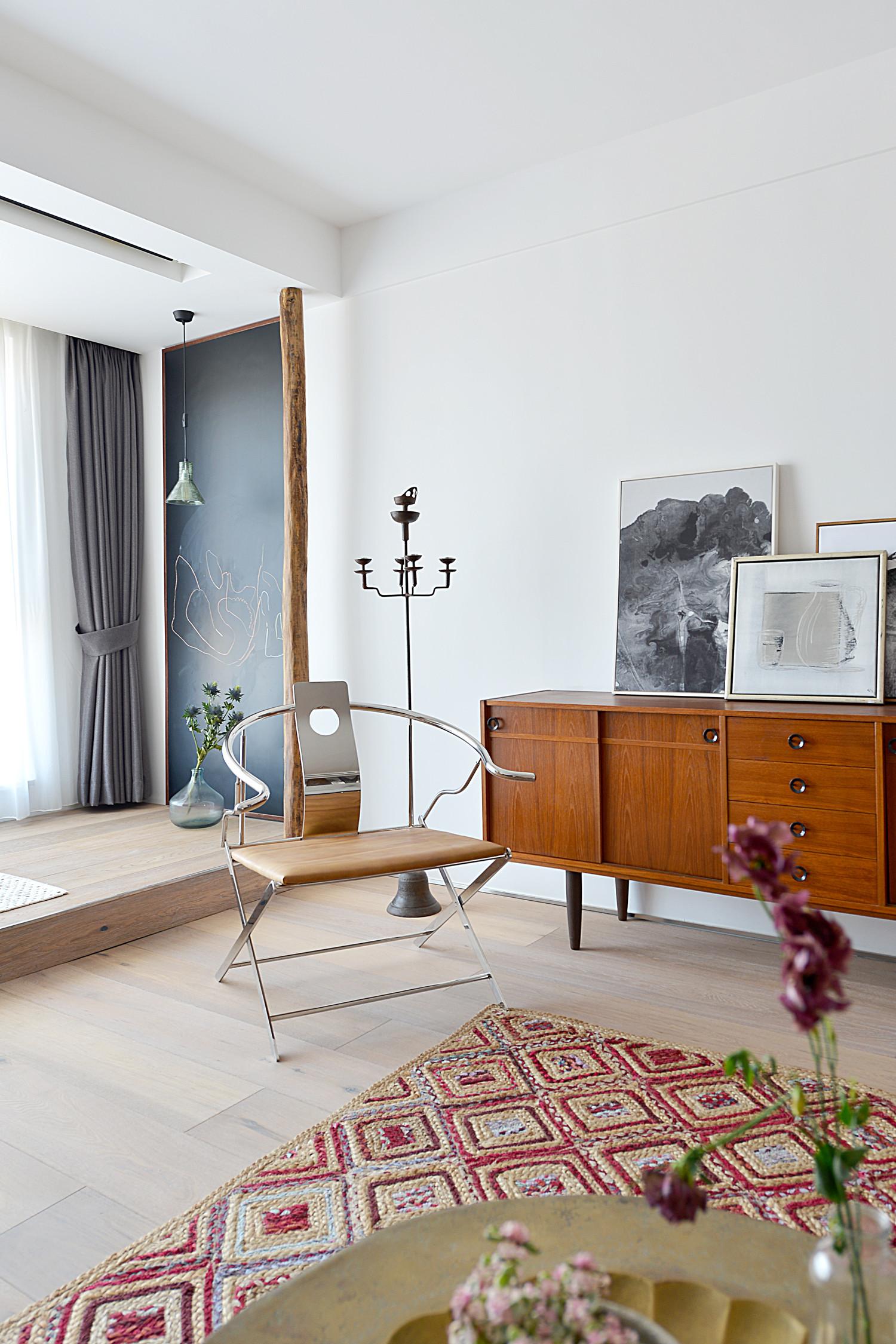 120平北欧风装修装饰边柜图片