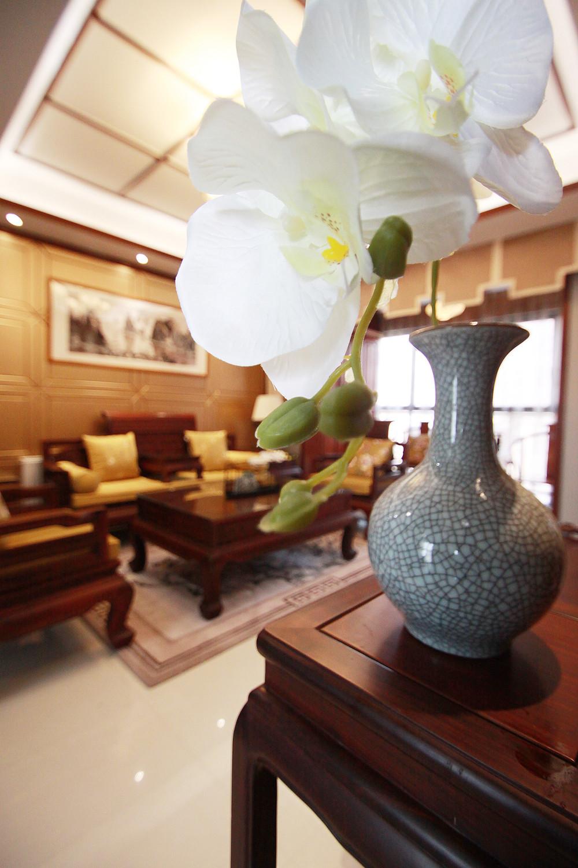 中式风装修花瓶装饰