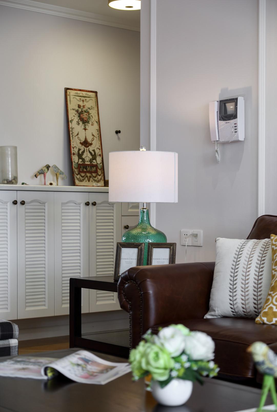 145㎡美式四居室装修花瓶灯具