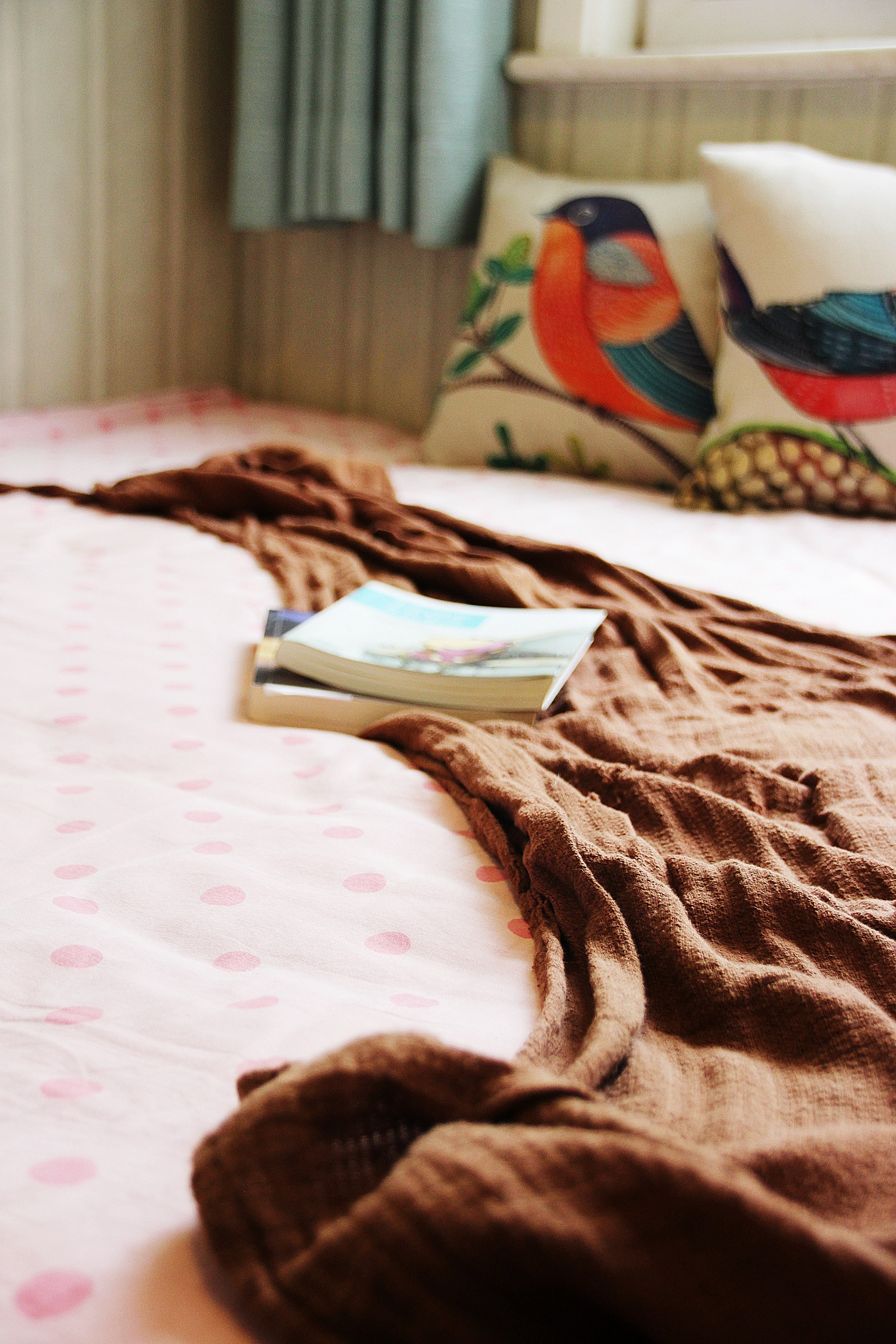 美式风格三居装修床上用品