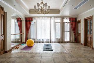 美式乡村别墅设计瑜伽房