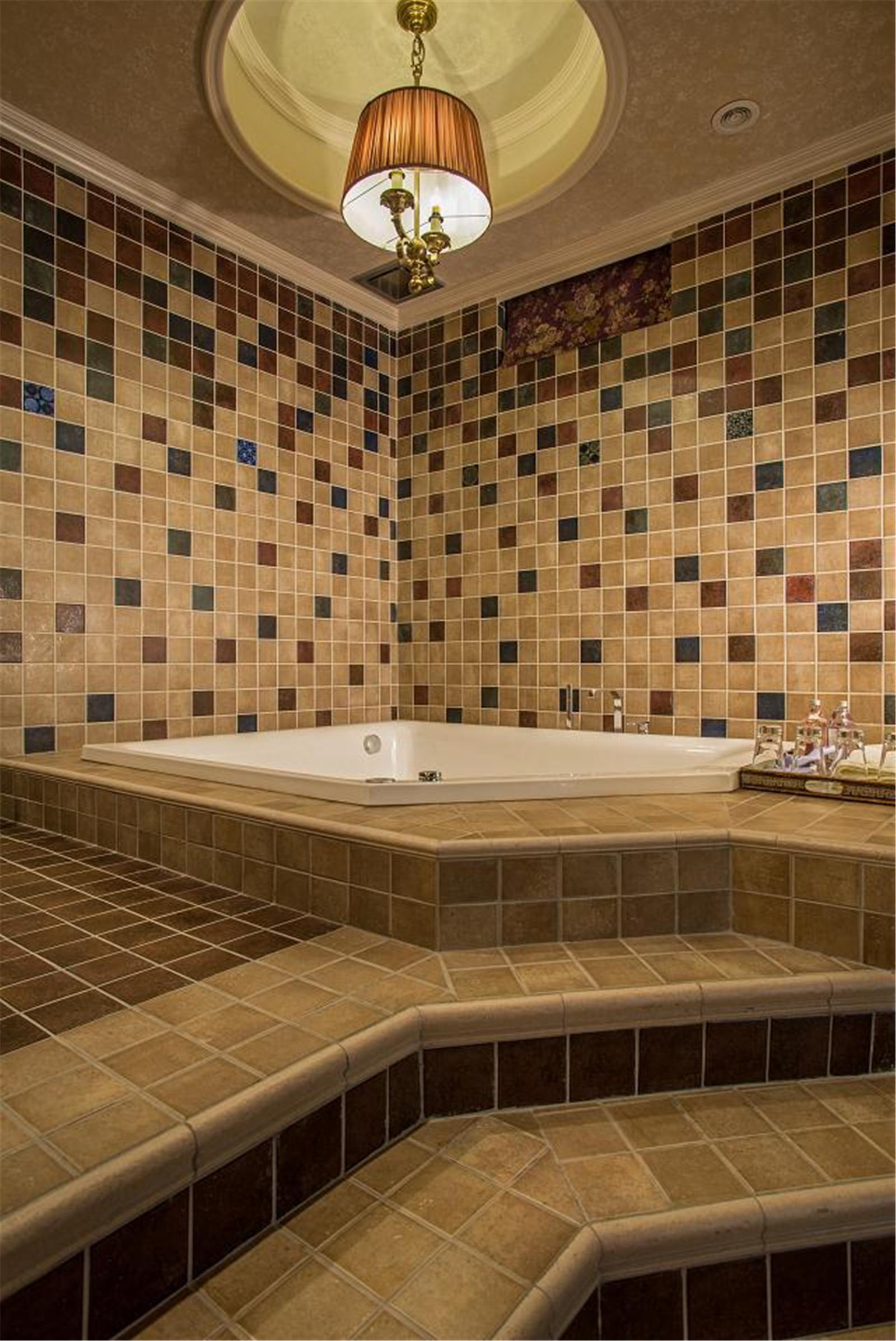 美式乡村别墅设计浴缸图片