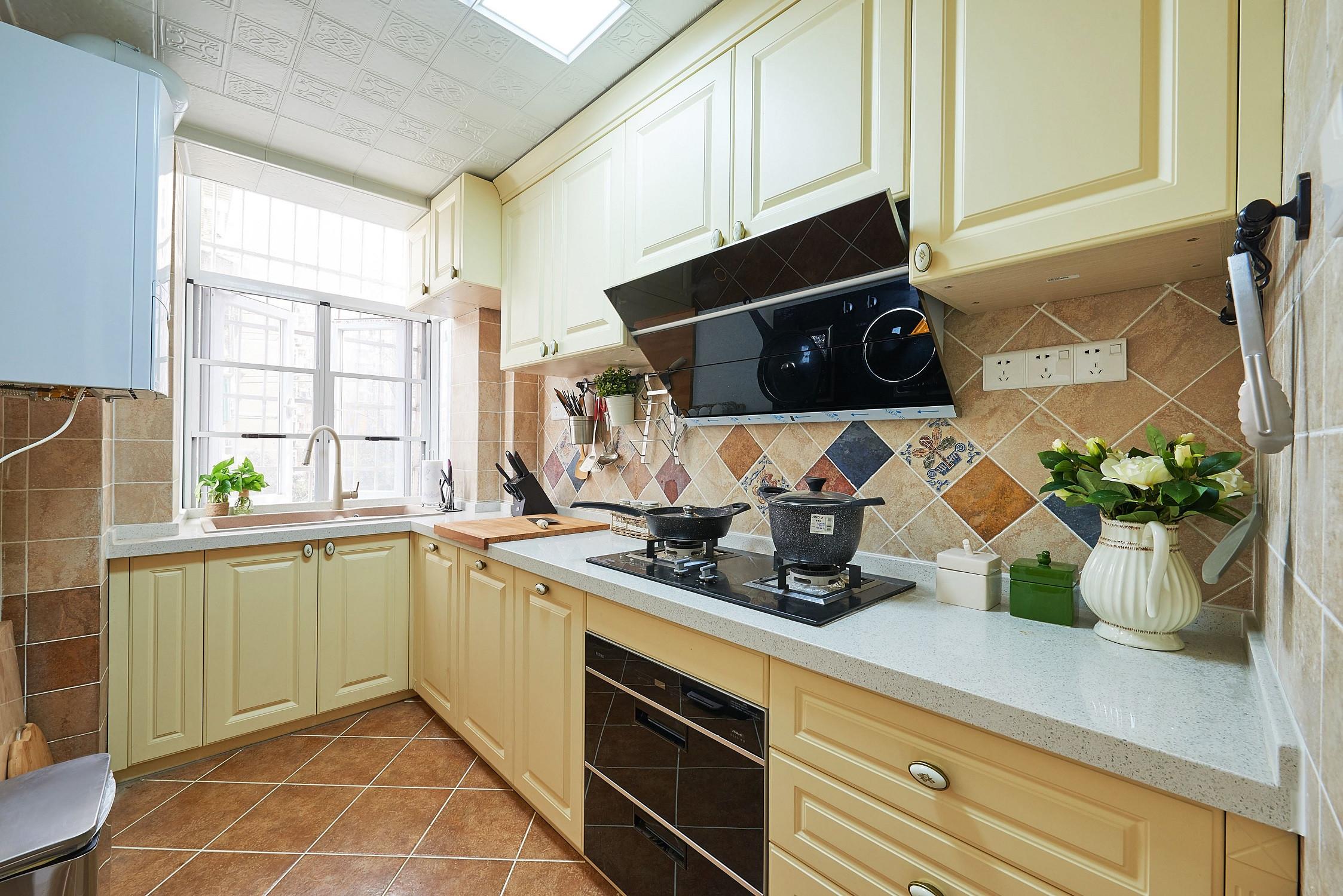 美式风格三居厨房效果图