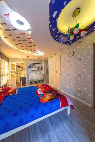 现代简约三居之家儿童房设计图