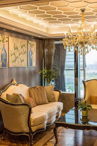 新古典三居室装修沙发背景墙图片