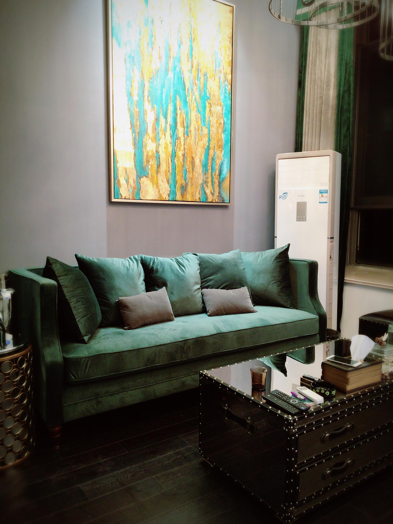 70平摩登LOFT风装修沙发背景墙图片