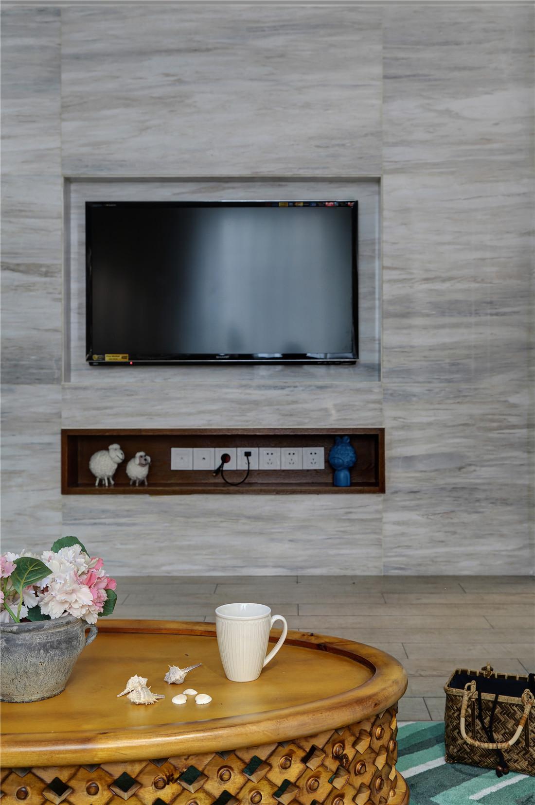 110平美式风格家电视背景墙图片