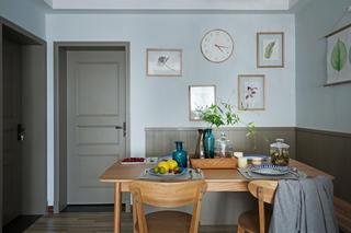 110㎡北欧风格家餐桌椅图片