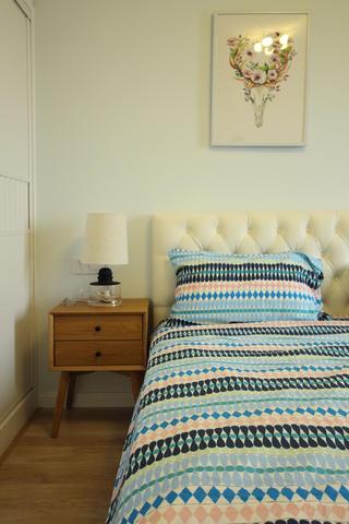 127平北欧之家床头柜图片