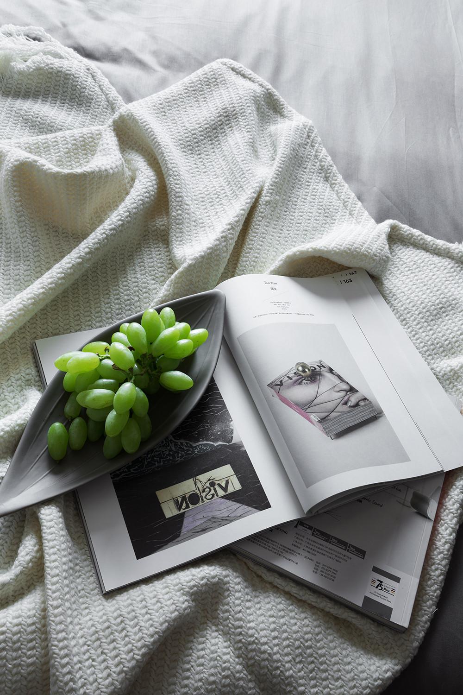 美式二居装修床品图片