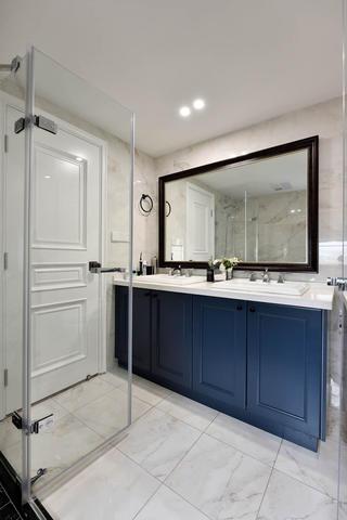 美式公寓装修浴室柜图片