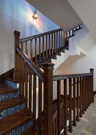 大户型东南亚风格装修楼梯间图片