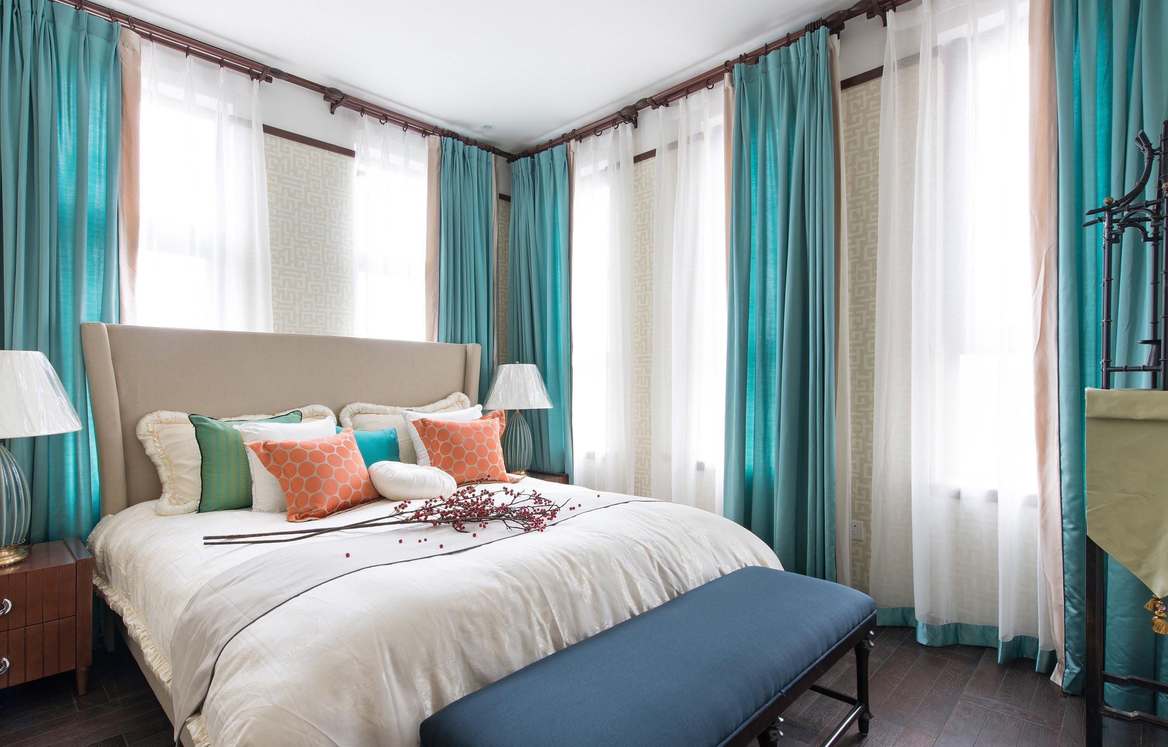 大户型东南亚风格装修卧室搭配图