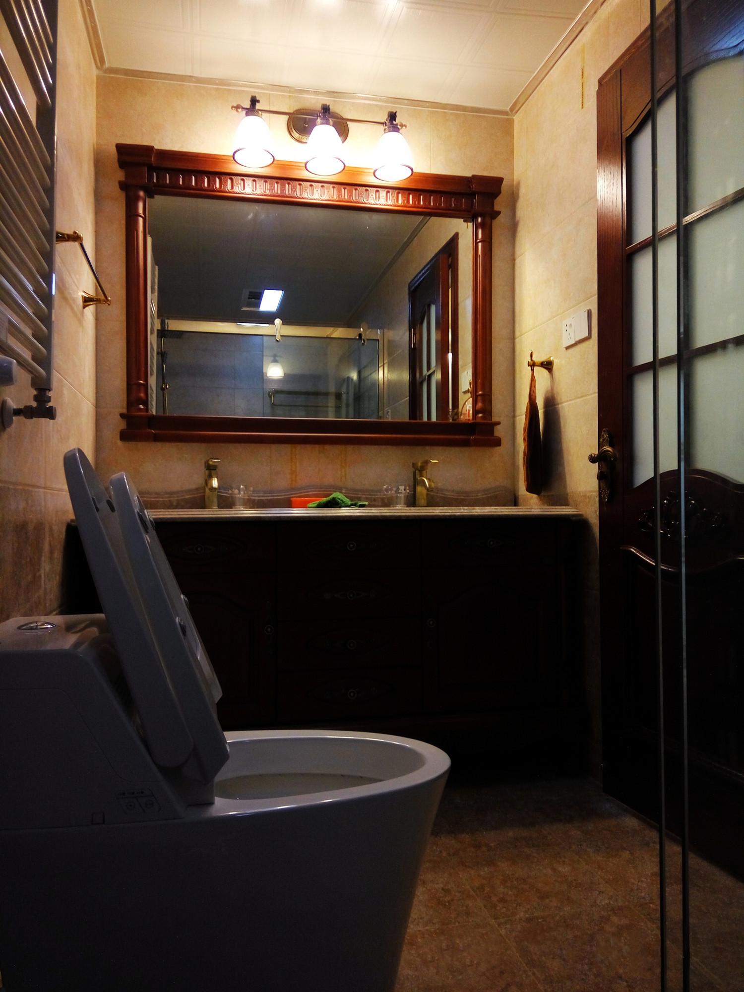 140平混搭风格装修卫生间图片