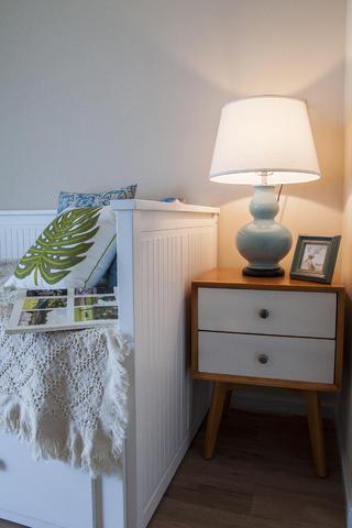 85平简美之家台灯图片