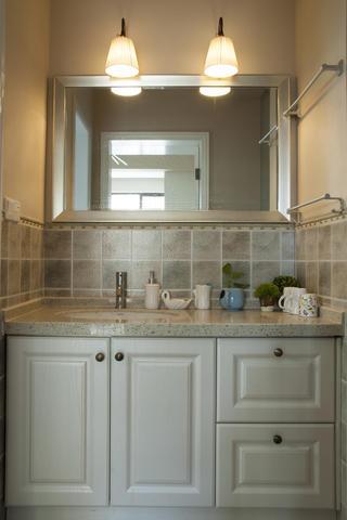 85平简美之家洗手台图片