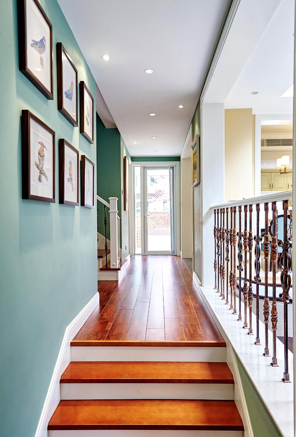 美式别墅装修走廊图片