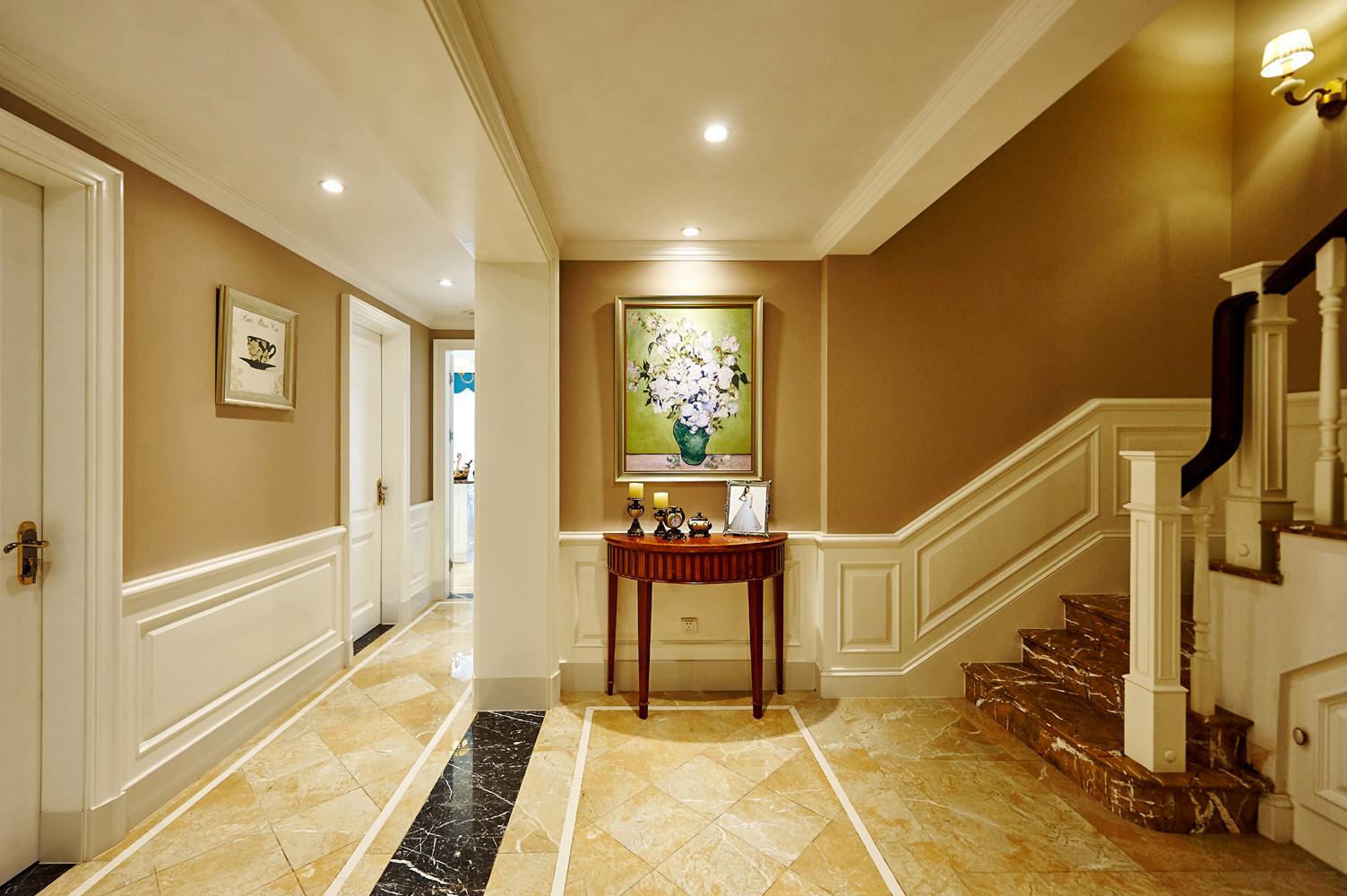 美式别墅装修楼梯间图片