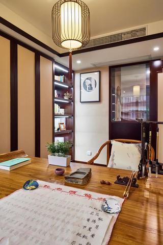 中式三居装修书桌图片