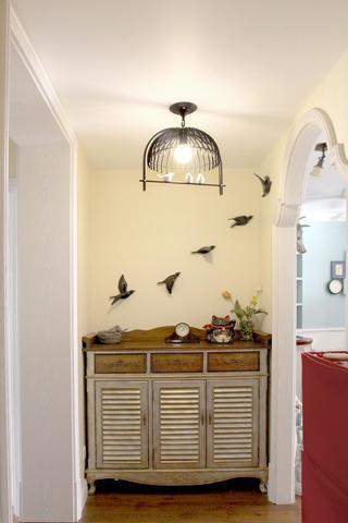 美式风格二居装修玄关设计