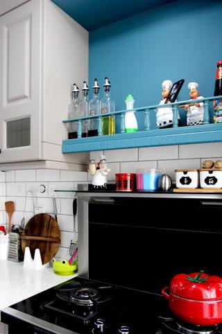 美式风格二居装修厨房一角