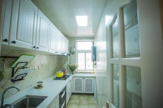 100平美式二居装修厨房设计图