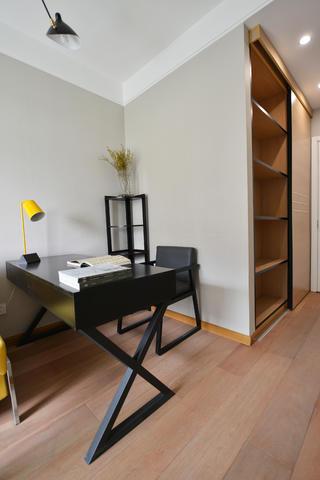 120平中式风格家书桌图片