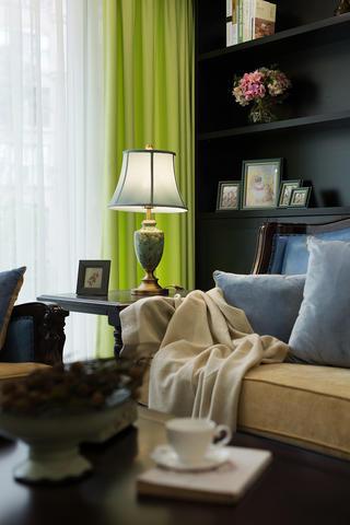 三居室美式风格家沙发一角