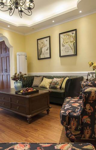 乡村美式二居沙发背景墙图片