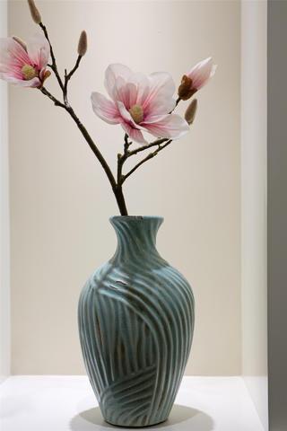 90平美式二居装修花瓶图片