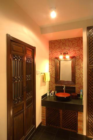 东南亚风格小户型装修洗手台图片