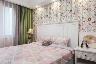 美式风格三居装修女孩房设计图