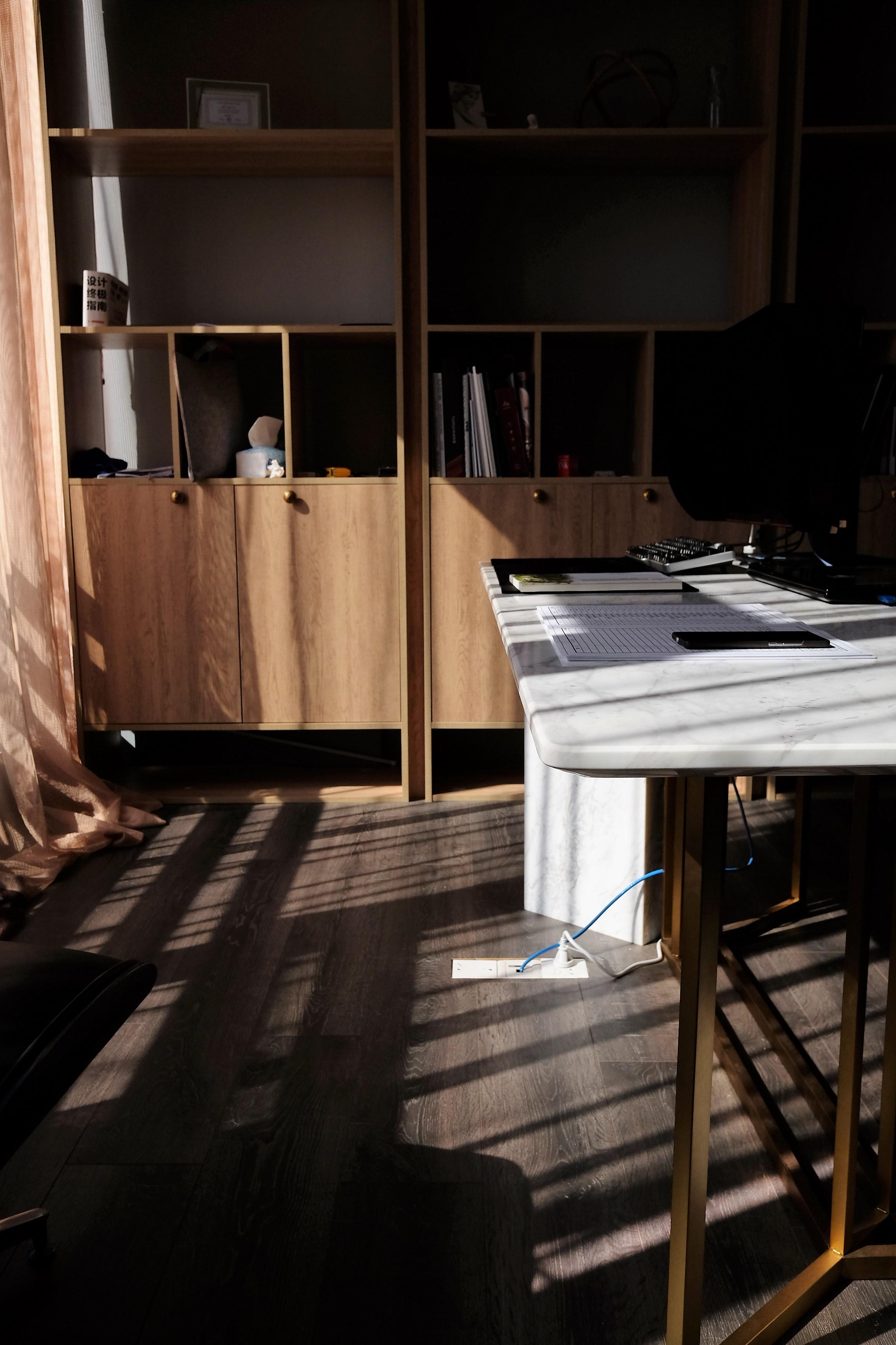 混搭办公室装修书柜图片